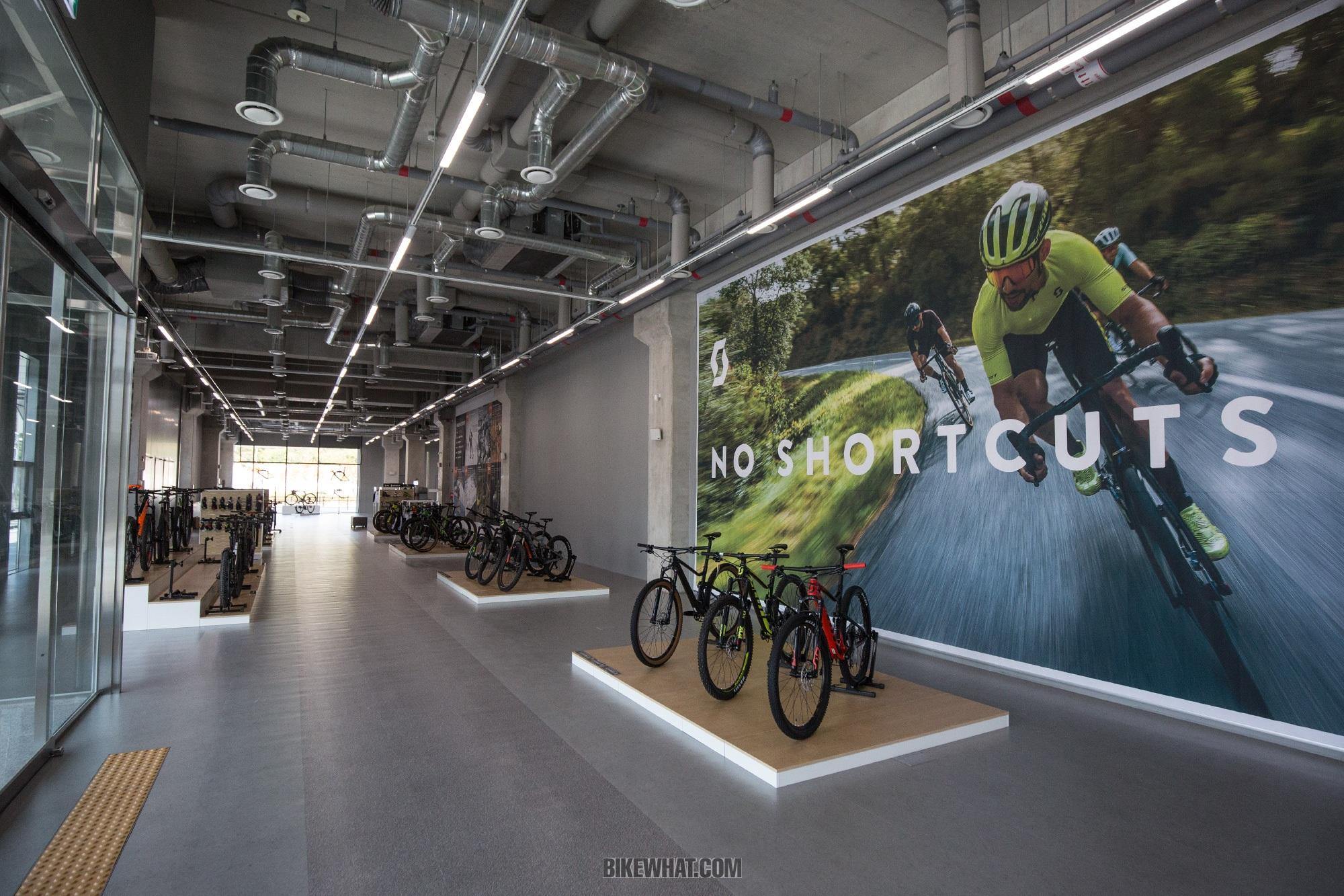 news_scott_showroom_6.jpg