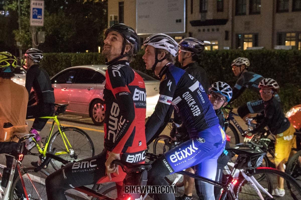 velits_riding_03.jpg
