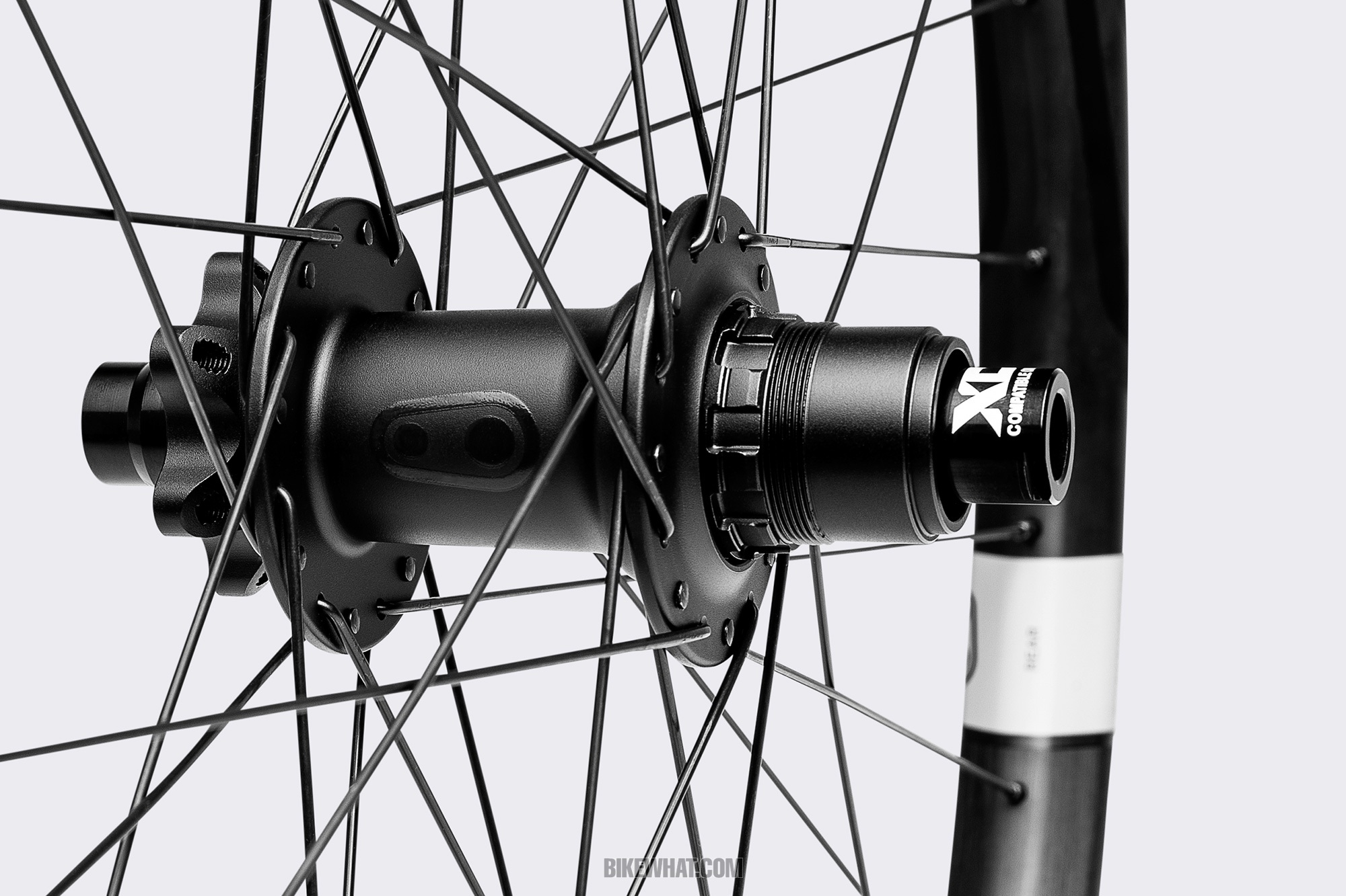 Gear_Crankbrothers_Synthesis_Alloy_STANDARD_HUB.jpg