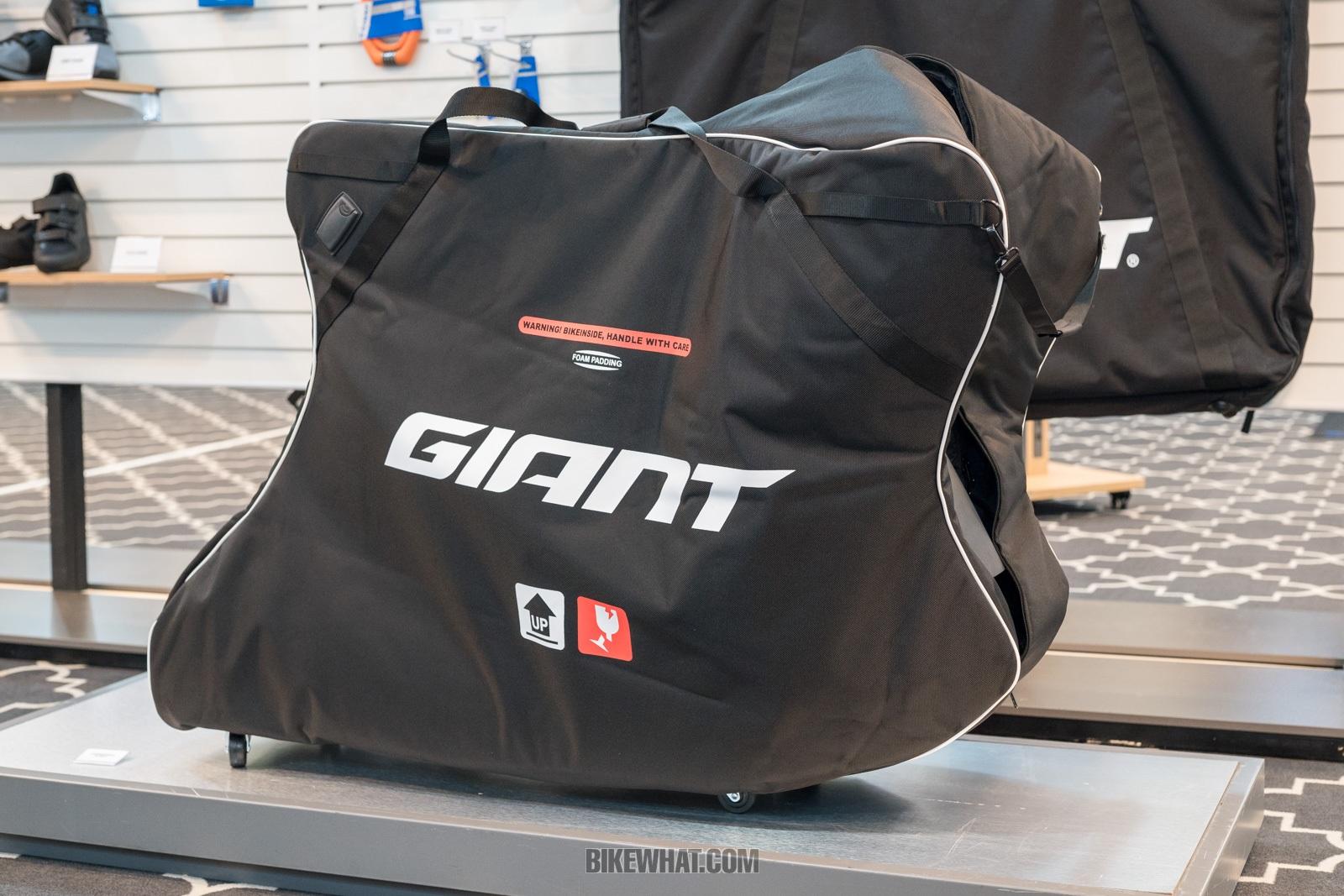 GIANT_2019_30.jpg
