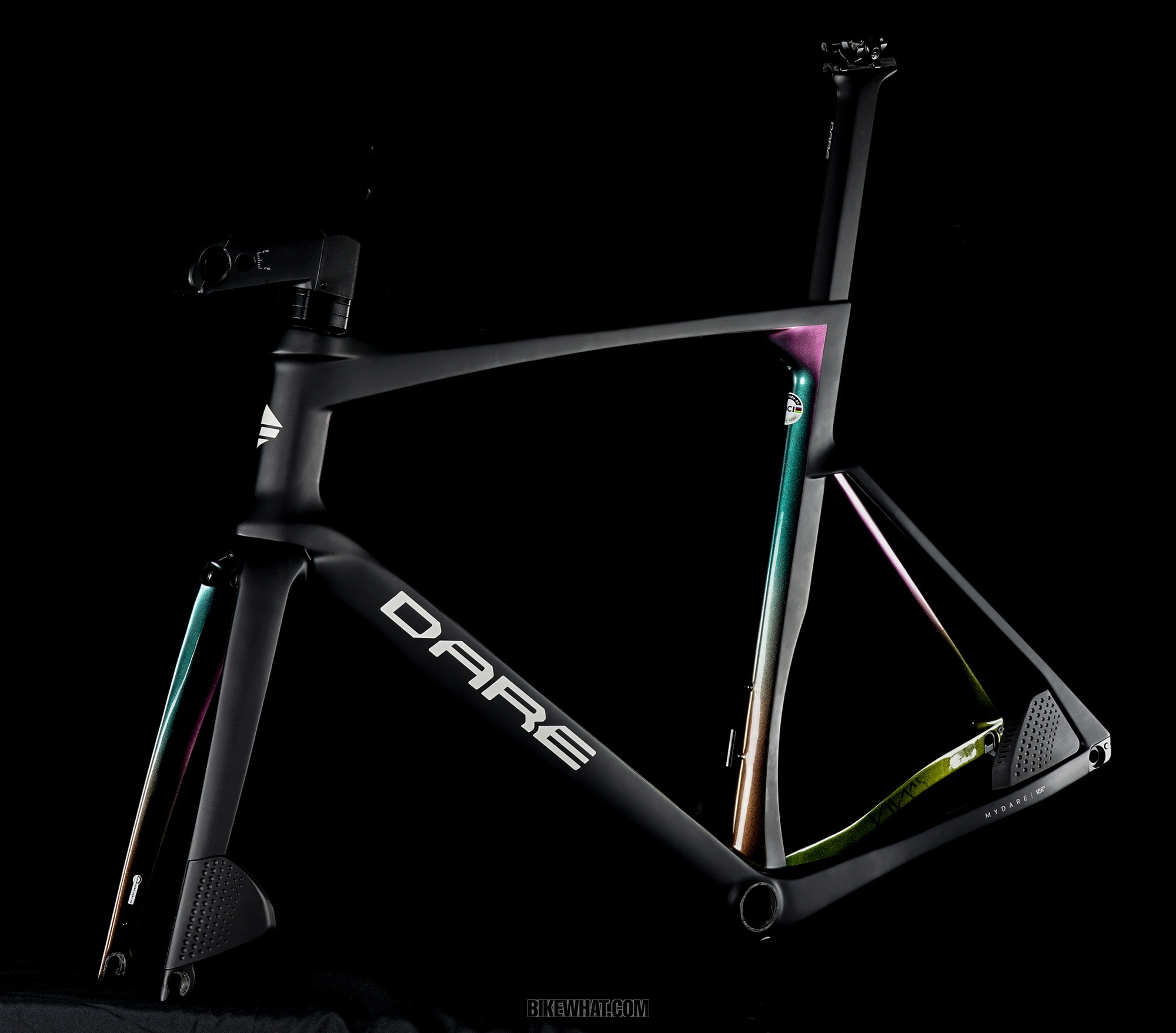 Gear_DARE_VSRu-Bornite-Black-frameset-.jpg