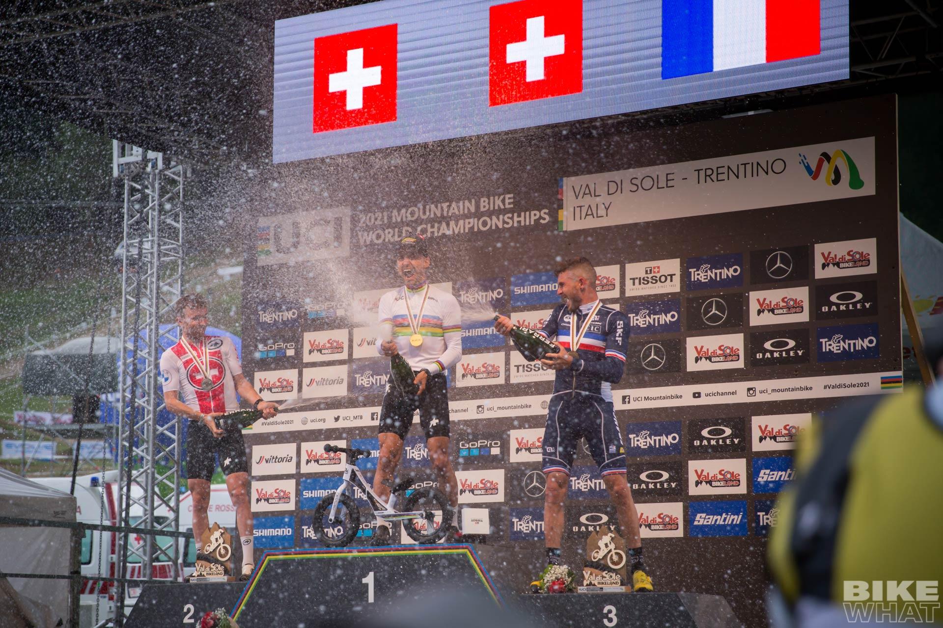 news_Nino-Schurter-9th-World-Champion-title_6
